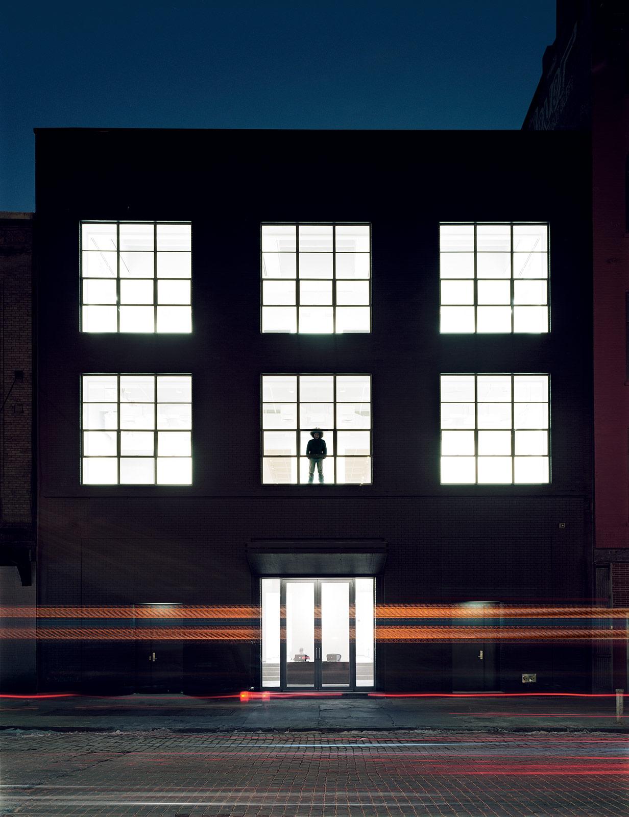v man | box studios